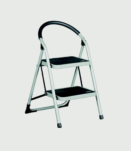 Warrior 2 Tread Step Ladders