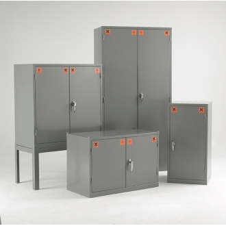 Warrior COSHH Substance Cabinet c/w 2 Shelves
